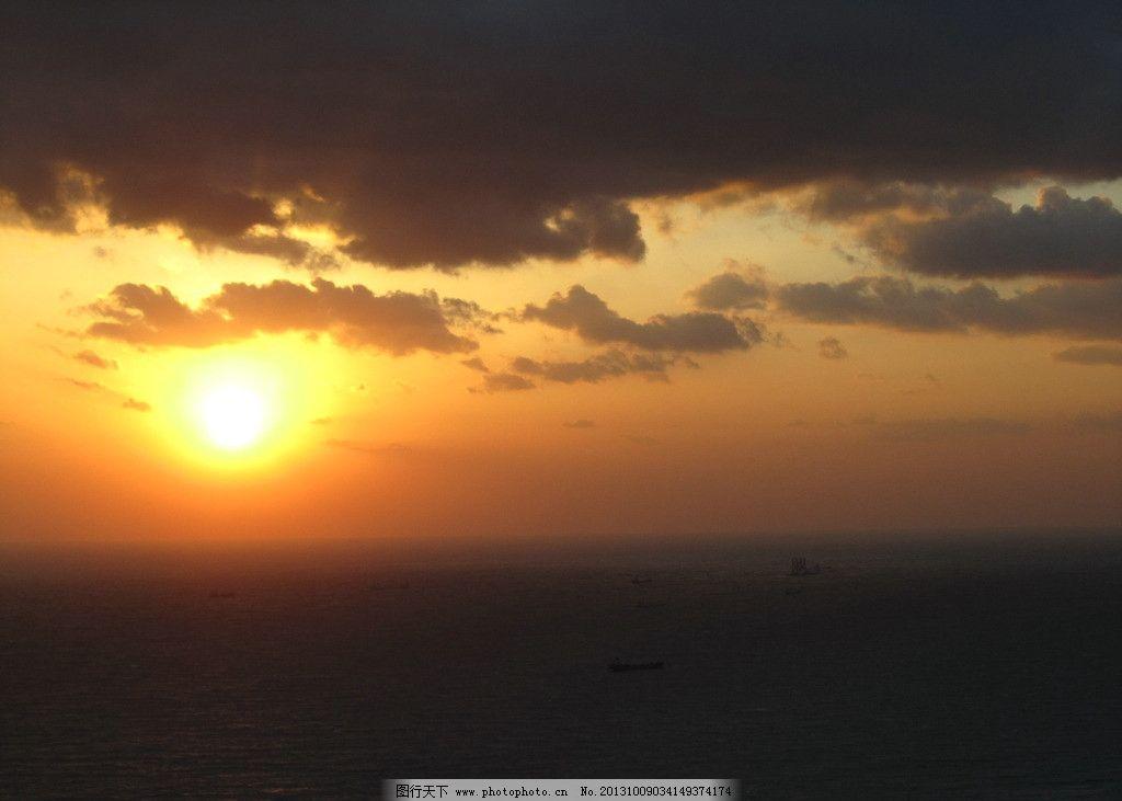 长岛的黄昏 长岛 黄昏 旅游 落日 渔船 回港 雨后 云彩 长岛风光 自然