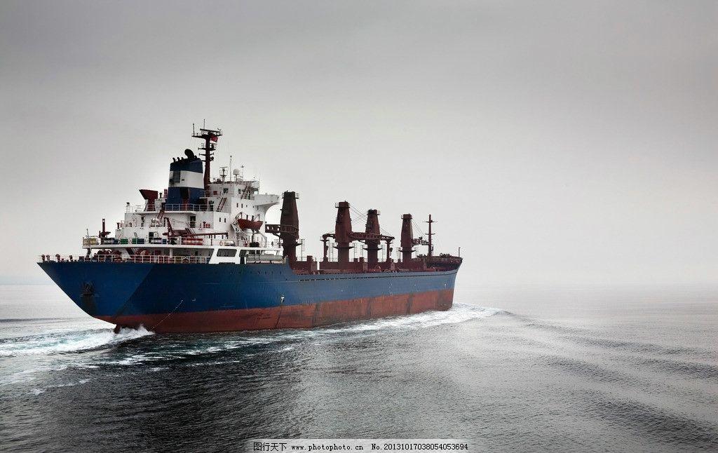 客船主船体结构图