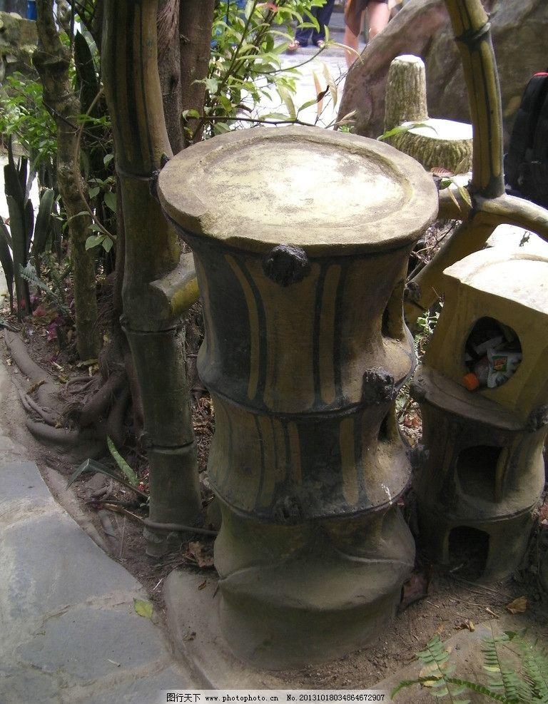垃圾桶 山林 竹子 标识