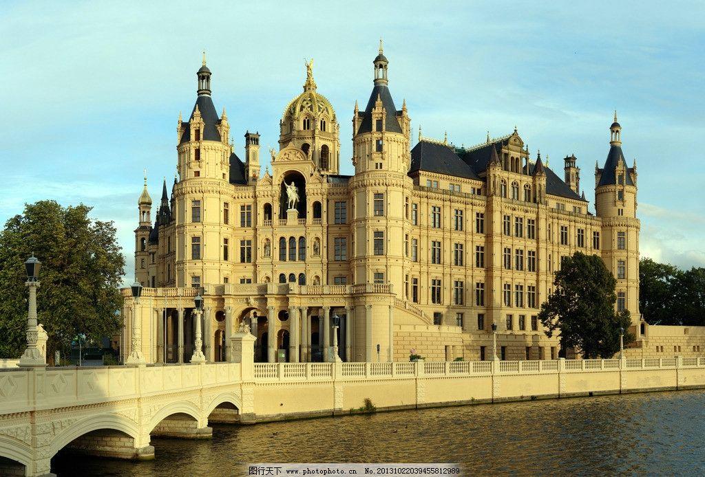 卢森堡宫殿城堡摄影图片,欧洲 护城河 梦幻 幻想 古堡图片