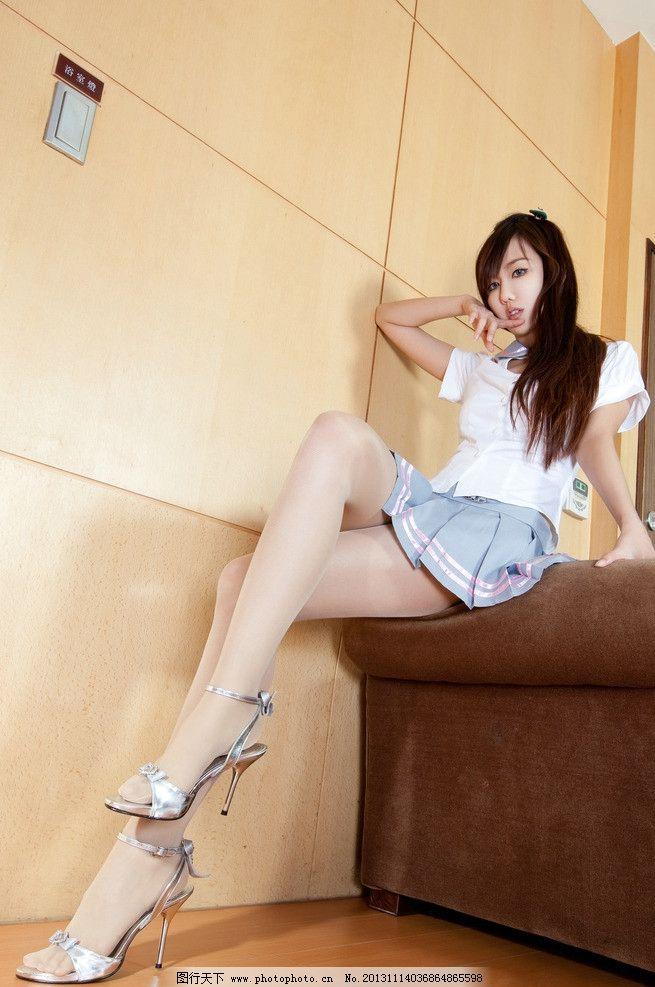 清纯学妹 高清 可爱学生装 性感学生 短裙 cosplay 可爱 清纯 丝袜