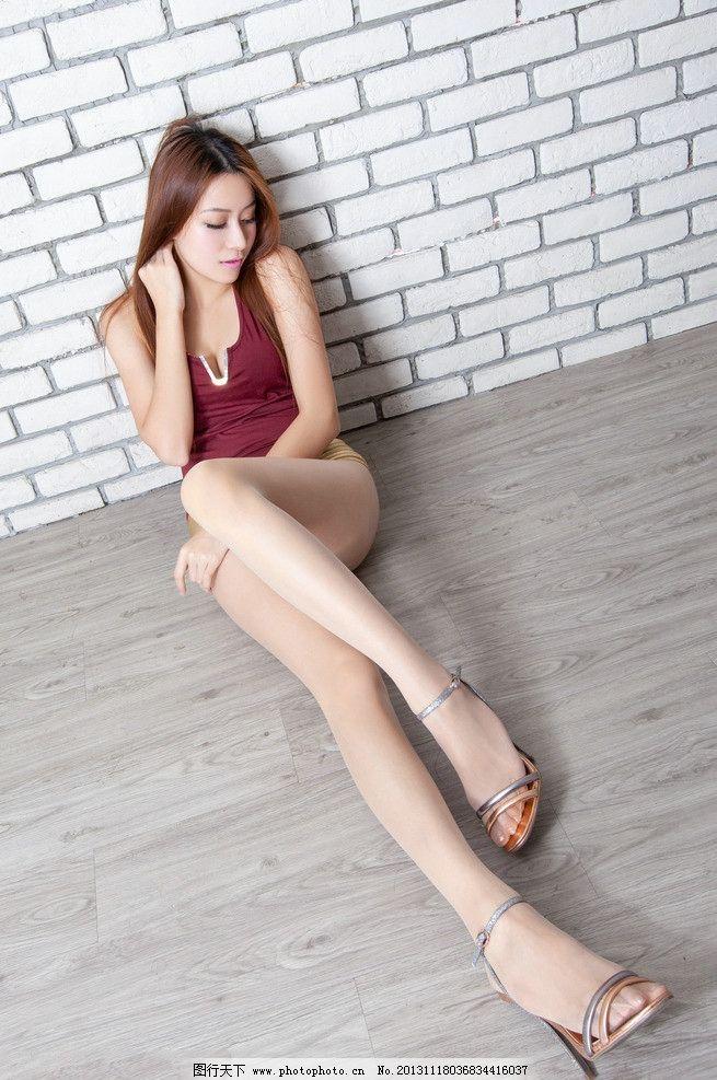 美女图片 丝袜美腿/丝袜美腿美女图片