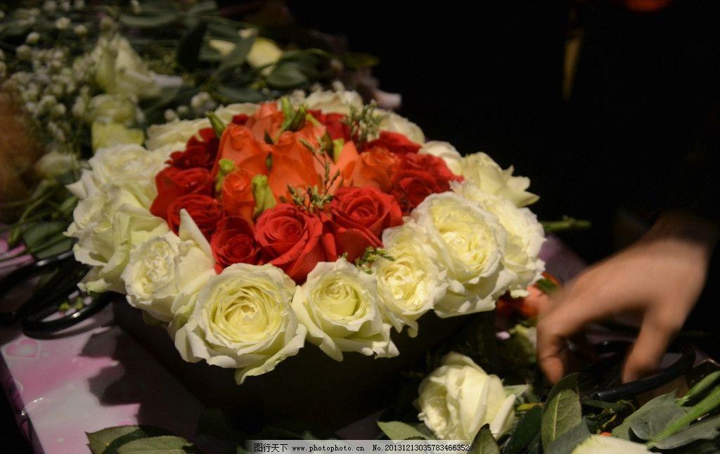 玫瑰礼盒 鲜花礼盒 礼盒花艺 插花艺术 插花 花草 生物世界 摄影 300